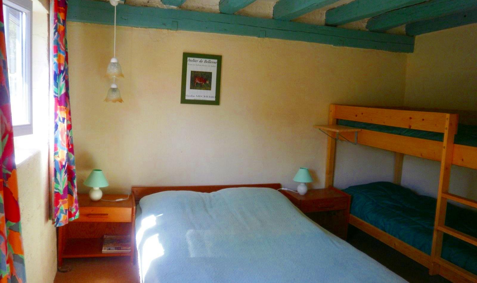046-huisje-frankrijk-vallon-slaapkamer