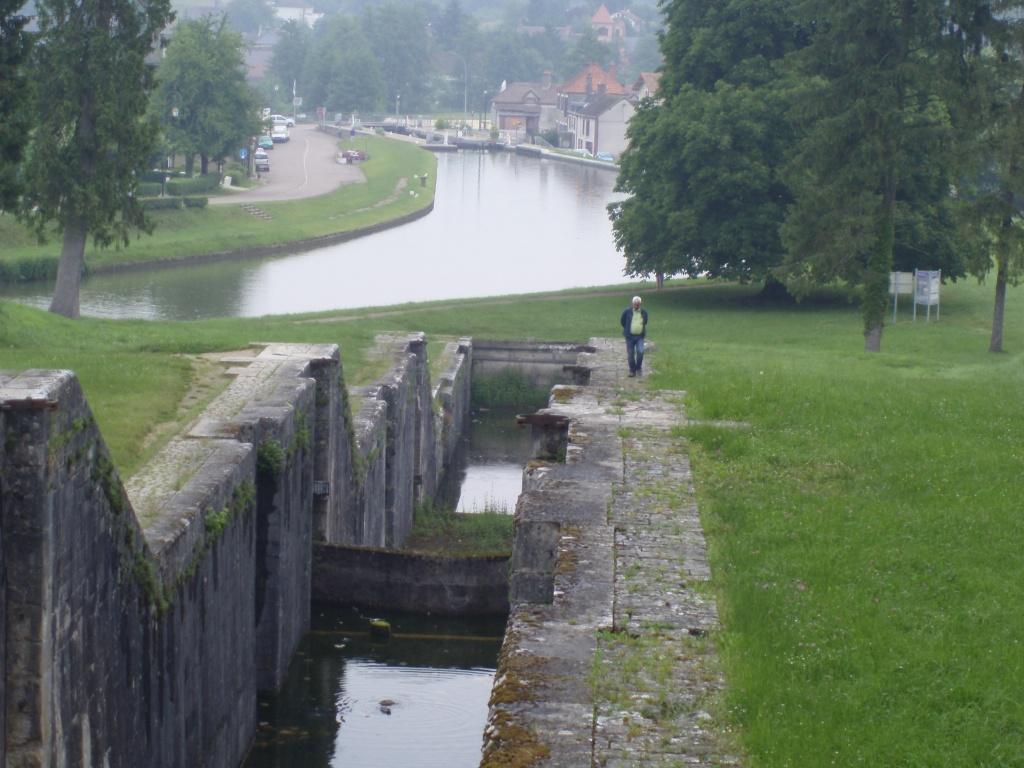 huisje-frankrijk-omgeving-Rogny-sluizen