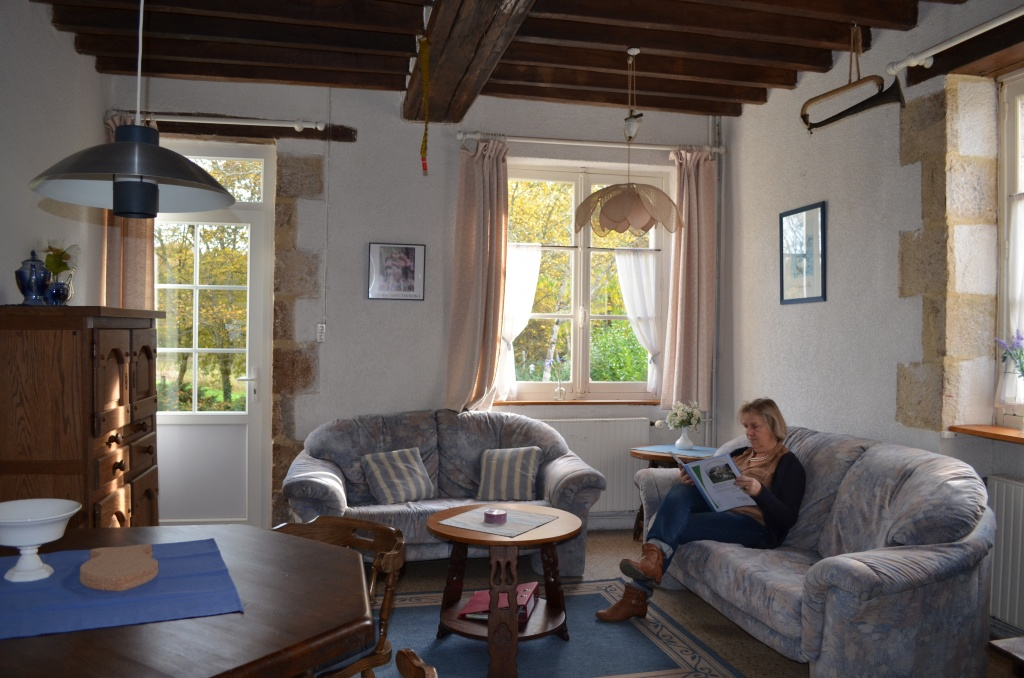 huisje-frankrijk-loire-woonkamer