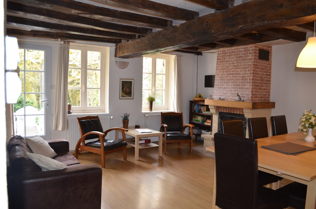 huisje-frankrijk-sologne-woonkamer